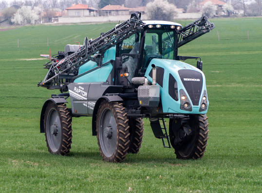 Self-Propelled Sprayer Berthoud  Raptor 2016