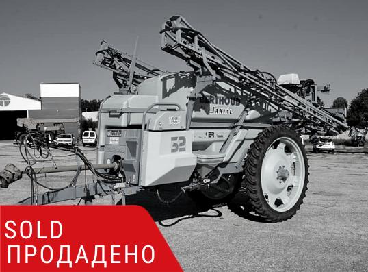 ПРОДАДЕНО – Прикачна пръскачка Berthoud Racer Classic 32