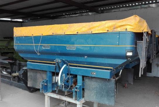 Fertilizer spreader Bogballe M2 Plus