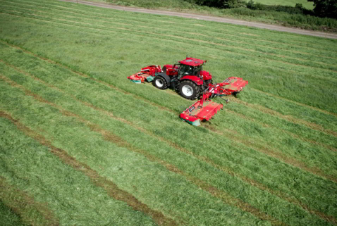 Rear Mounted Disc Mower Conditioners