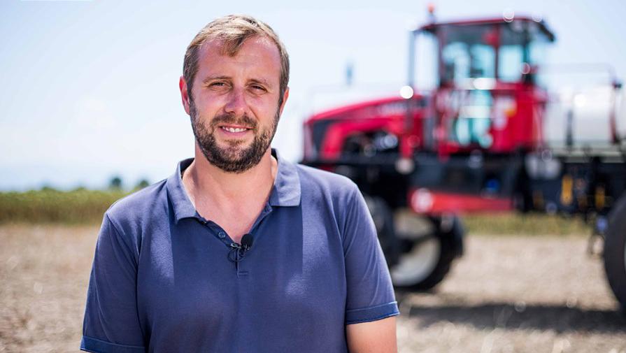 Атанас Вълков обработва 4300 дка земеделска земя в Пловдивско